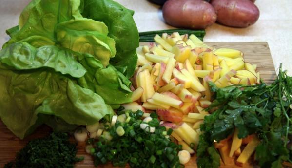 salátás újkrumplileveshez