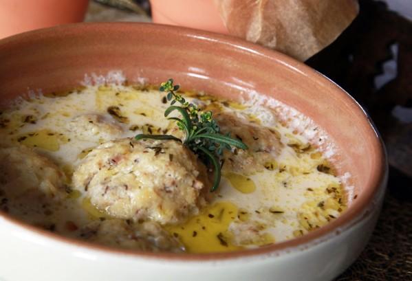 savanyú halgombócleves fetás kenyérrel 5
